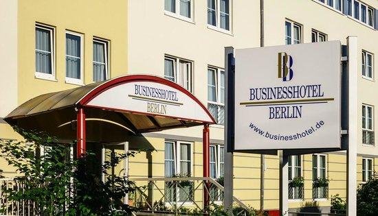 Businesshotel Berlin: Außenansicht II
