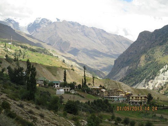 Lahaul and Spiti District, Ấn Độ: One of the small villages on the way