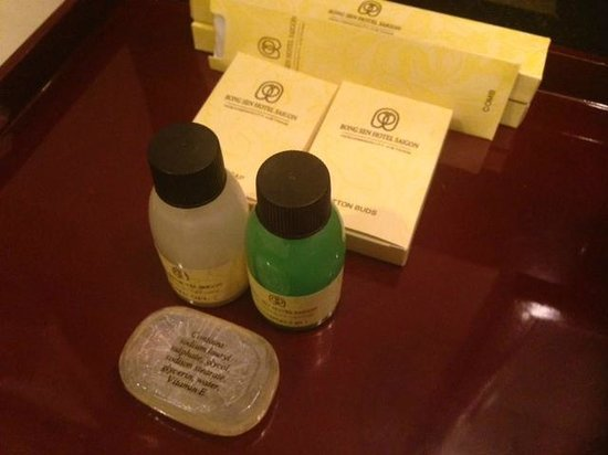 Bong Sen Hotel Saigon: toiletries