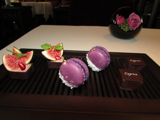 Caprice (Central): Complimentary desserts