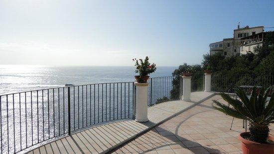 Hotel Le Terrazze: The outside terrace.