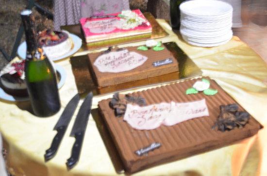 Chambres d'hote Chez Cecile: Les gâteaux