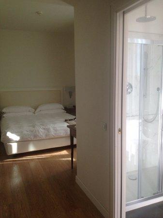 Hotel Italia: Clean Updated.