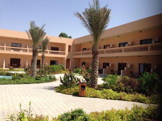 smartline Ras Al Khaimah Beach Resort: Relaxing gardens