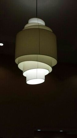 Fairfield Inn & Suites Phoenix Midtown: New lobby lighting
