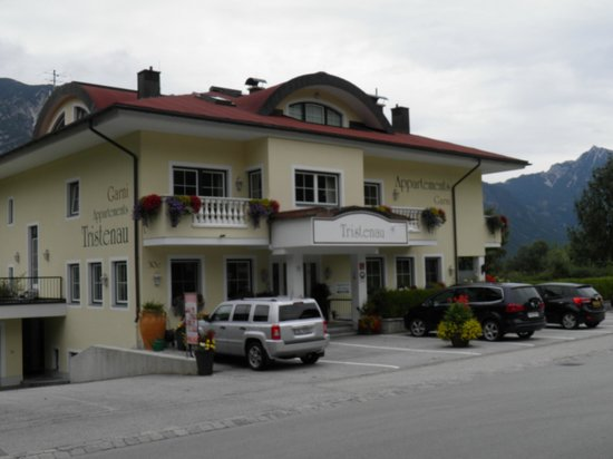 Appartementhaus Tristenau: Front of the hotel