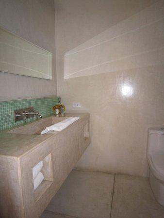 Hotel Casa Tota : Bathroom