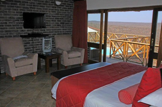 Dinkweng Safari Lodge: View from main bedroom