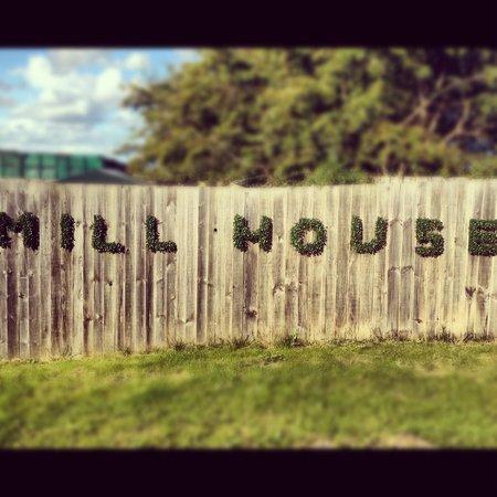 The Mill House Bar & Restaurant: Back car park