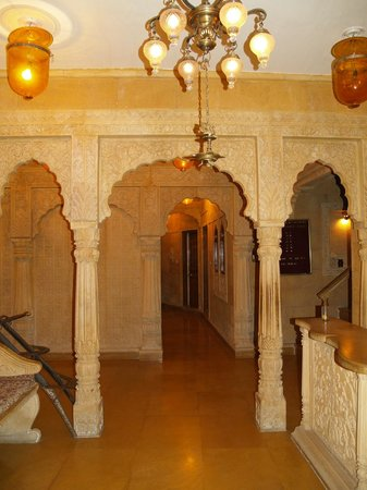 Hotel Lalgarh Fort And Palace : lobby