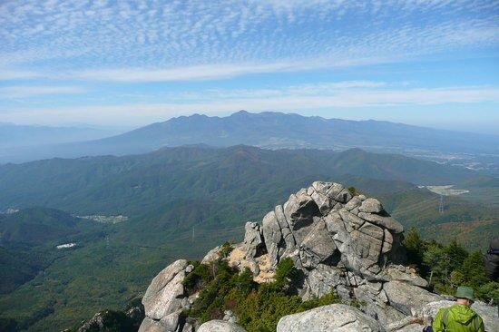 Mt Mizugaki Nature Park: 八ヶ岳方面