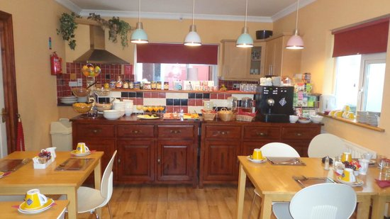 The Rise Guesthouse: Cucina/colazione
