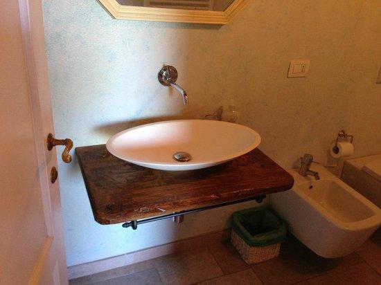 Fattoria Poggerino: Bathroom