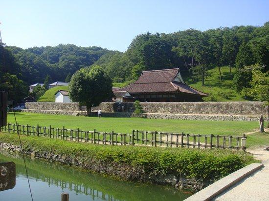 Old Shizutani School: 遠景