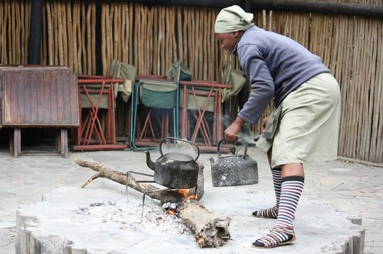 Tangala Safari Camp: Constant supply of hot water for tea and coffee