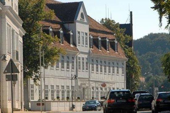 Friedrich-Franz Palais Hotel: Hotel Frontseite