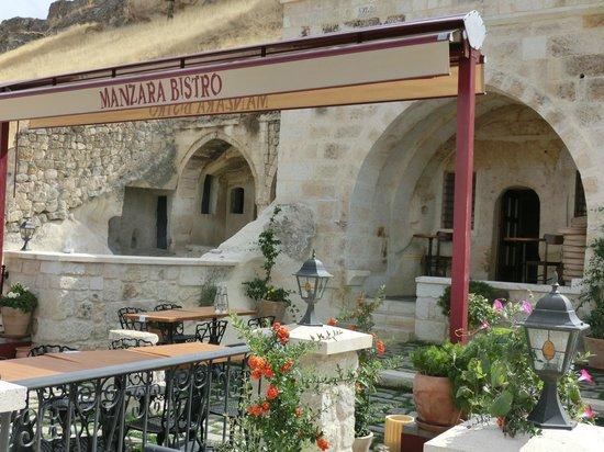 Kayakapi Premium Caves - Cappadocia: Restaurant Manzara Bistro