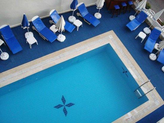 Hotel Kayahan: Havuz