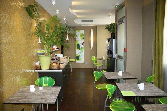 Le Fabe Hotel : sala da the,caffè,colazione