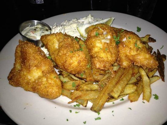 Maxie's Supper Club & Oyster Bar: Fried Fish Dinner