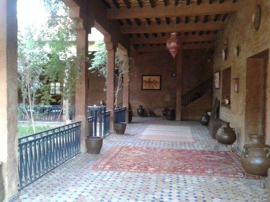 Kasbah Tizimi: Inner courtyard