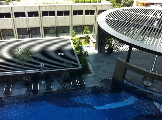Rain Shower Picture Of Carlton City Hotel Singapore Singapore Tripadvisor