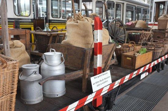 Strassenbahnwelt Stuttgart: Gemüsetransport für den Markt
