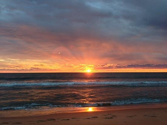 Ramada Virginia Beach Oceanfront: early morning sunrise