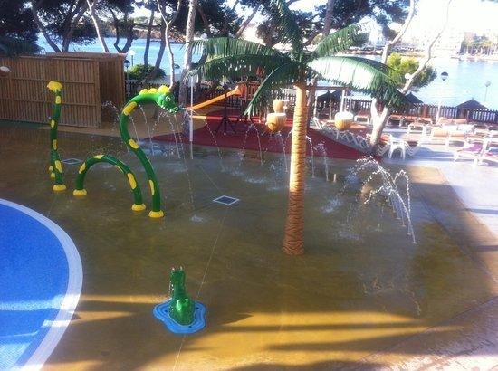 Alua Miami Ibiza: childrens sprinkler play area