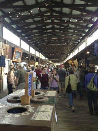 Ithaca Farmers Market: Main Thoroughfare