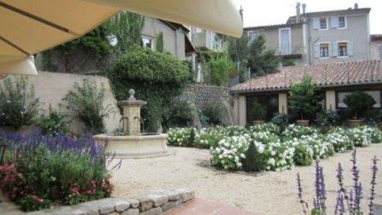 The garden le jardin gourmand saint jean du for Le jardin gourmand
