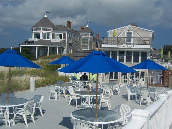 Inn On The Beach: Outdoor patio