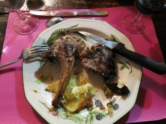 Ferme Auberge de Quiers : dinner - lamb cutlets