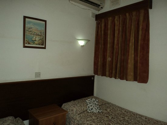 Canifor Court Hotel Apartments: Bedroom-not big enough to include wardrobe