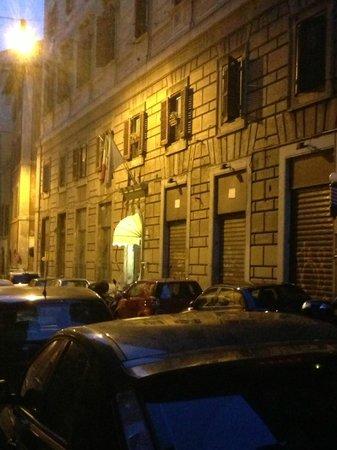 Hotel Arenula : Hotel Facade