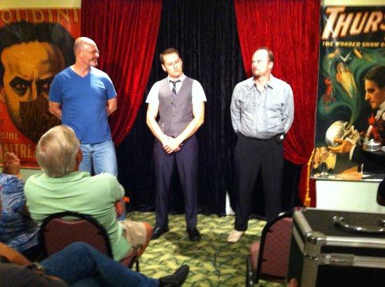 Wizardz Magic Theater: wizardz magic show
