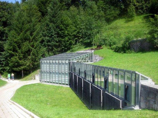 Dokumentation Obersalzberg: Ausgang aus Bunker und Dokumentation