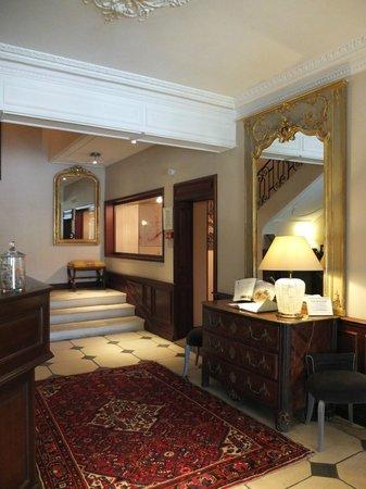 Ermitage de Corton : Hotel