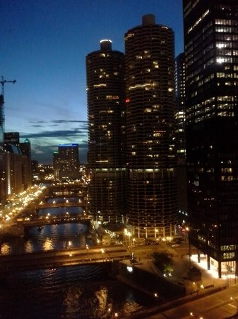 Club Quarters Hotel, Wacker at Michigan: Evening view from my room.  Doesn't get much better.