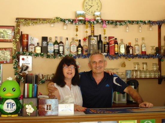 Xanadu  2008: My Wife, Sue with Dennis