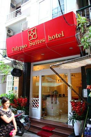 Calypso Suites Hotel: Exterior of hotel