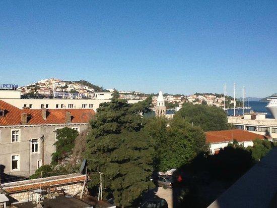 Berkeley Hotel & Day Spa: View from room's balcony