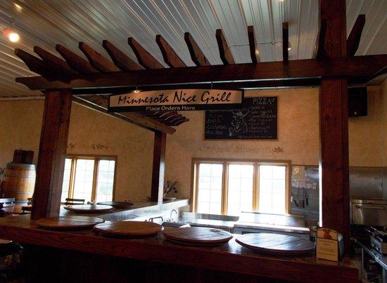 Carlos Creek Winery: Carlos Creek's Minnesota Nice Grill