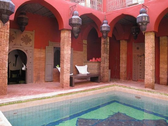 Les Jardins d'Henia : vue de la piscine