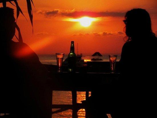 Bunga Bungalo: sunset