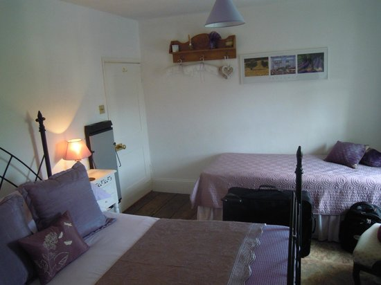 The Laurels B&B: Nice big bedroom