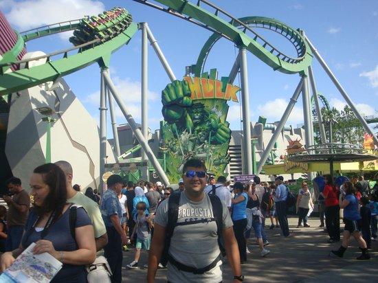 ยูนิเวอร์ซัลส์ ไอส์แลนด์ ออฟ แอดเวนเจอร์: Montanha Russa do Hulk (ANIMAL)