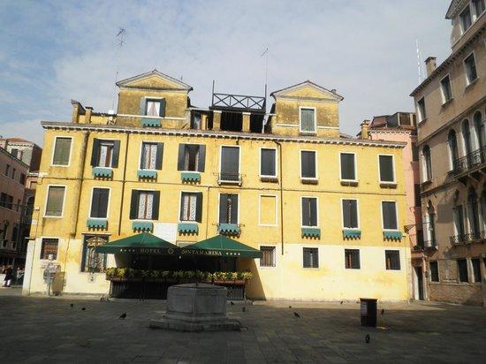 Santa Marina Hotel: hotel