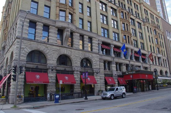 The Pfister Hotel : Street view of the hotel