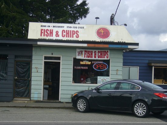 4 Spice Express: The Best Fish Chowder on the Island!
